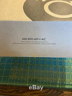 Araknis 810 AP-I-AC Wireless AP 802.11 G/N/AC 4x4 Omni-directional Antennas