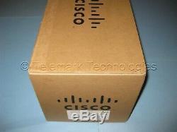 Cisco Aironet 4dBi Dual Band Omni Antenna AIR-ANT2544V4M-R Quad RP-TNC New Open